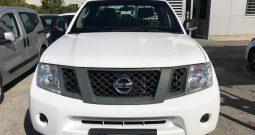 Nissan Navara 2.5 dCi 190CV 2porte + 2 mezze